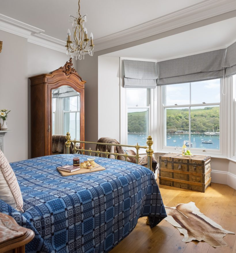 master bedroom in apartment one in Retreat to Fowey